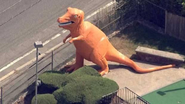 saugus-dinosaur